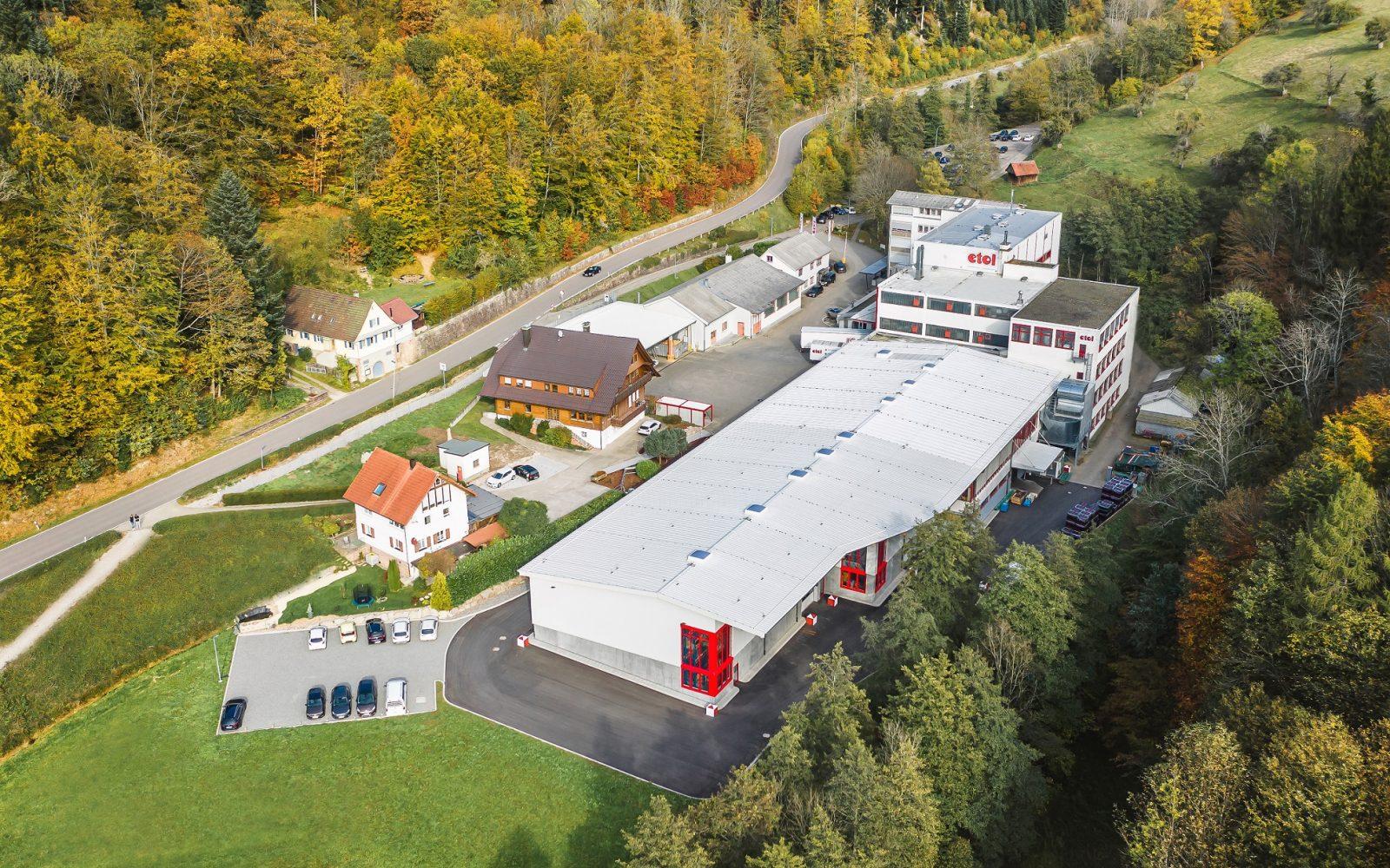 etol Werk in Oppenau - Kunststoffverarbeitung, technische Kunststoffteile, PUR, Lohnhersteller, gewerbliche Reinigungsmittel