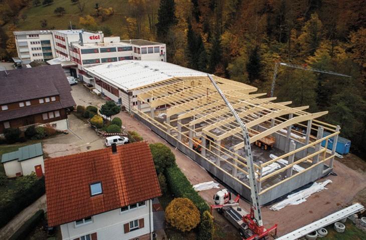 etol Oppenau Familienunternehmen Stammsitz Schwarzwald Lohnhersteller technische Teile Polyurethan Speisetransportboxen Reinigungsmittel