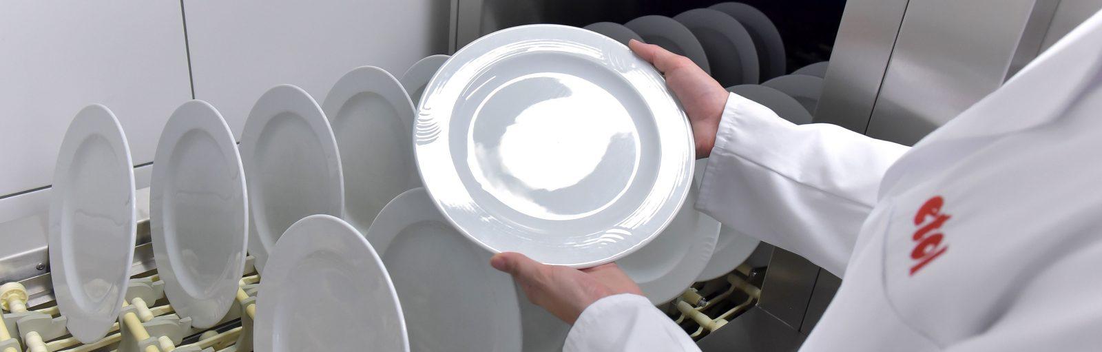 etol etolit Reinigungsmittel für gewerbliche Küchen, Spezialreiniger für Spülmaschinen, Dosiertechnik